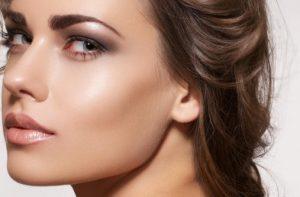 Contorno facial com apenas uma marca. Benefit – A minha maneira de conseguir uma maquilhagem perfeita