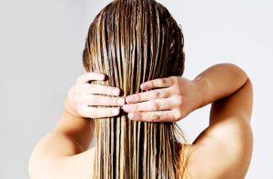 O óleo de rícino foi útil para o meu cabelo e couro cabeludo?