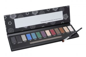 Um mimo para as fãs de Supernatural – Join the Hunt Eye shadow Palette